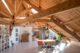 Binnenkijken in getransformeerd Kaaspakhuis door Mei Architecten