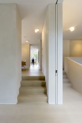 Villa s 05 credit marcel van der burg rau img 9376 280x420
