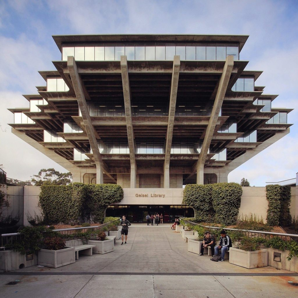 De Geisel Library van de University of California in San Diego, een ontwerp van William Pereira