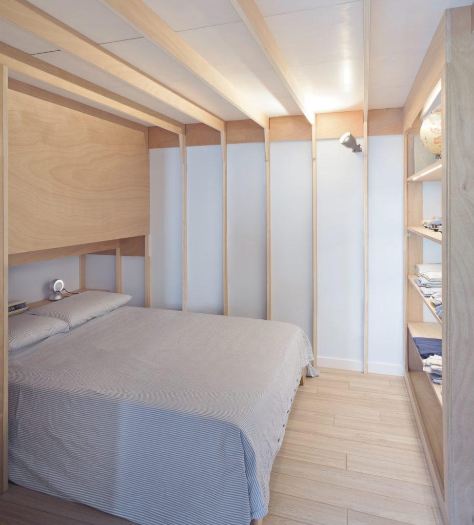 llabb-Riviera-Cabin