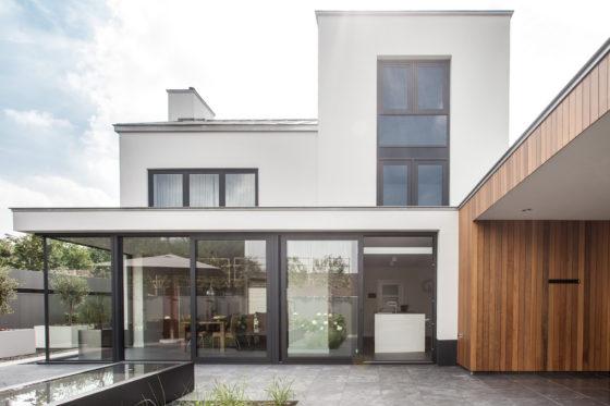 Jaren 70 woning wordt moderne villa 1 560x373