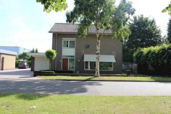 Jaren 70 woning wordt moderne villa oud 2 560x373