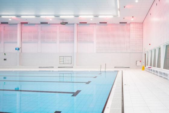Zwemcentrum rotterdam kraaijvanger architects foto ronald tilleman 4 560x373