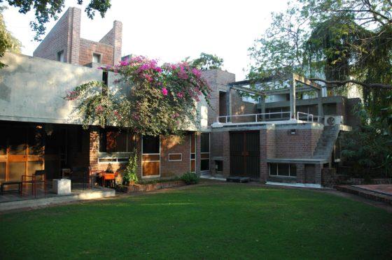 Kamala House (1963) in Ahmedabad door Balkrishna Doshi, winnaar Pritzker Prize 2018, beeld VSF